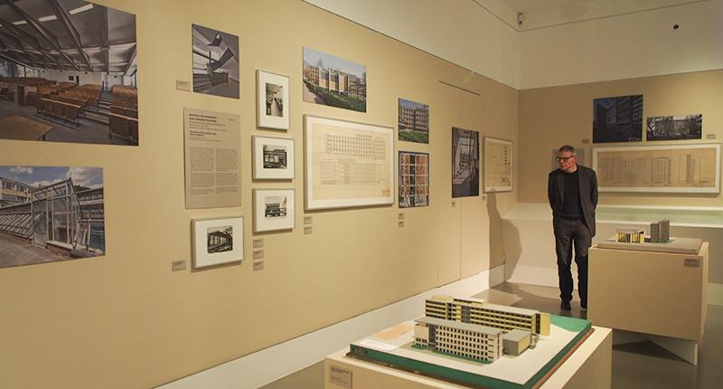 Linie Form Funktion, Deutsches Architekturmuseum Frankfurt, Julian Waning, Ferdinand Kramer, SSP Architekten, Bochum